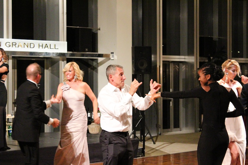 Dizzy Feet Foundation Gala - Mary Murphy, Adam Shankman, Jenna Elfman