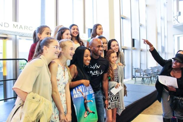 Glenn Allen Sims with fans