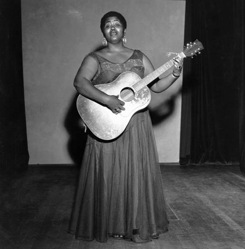 Odetta seen here performing at the Hollywood Turnabout Puppet Theatre