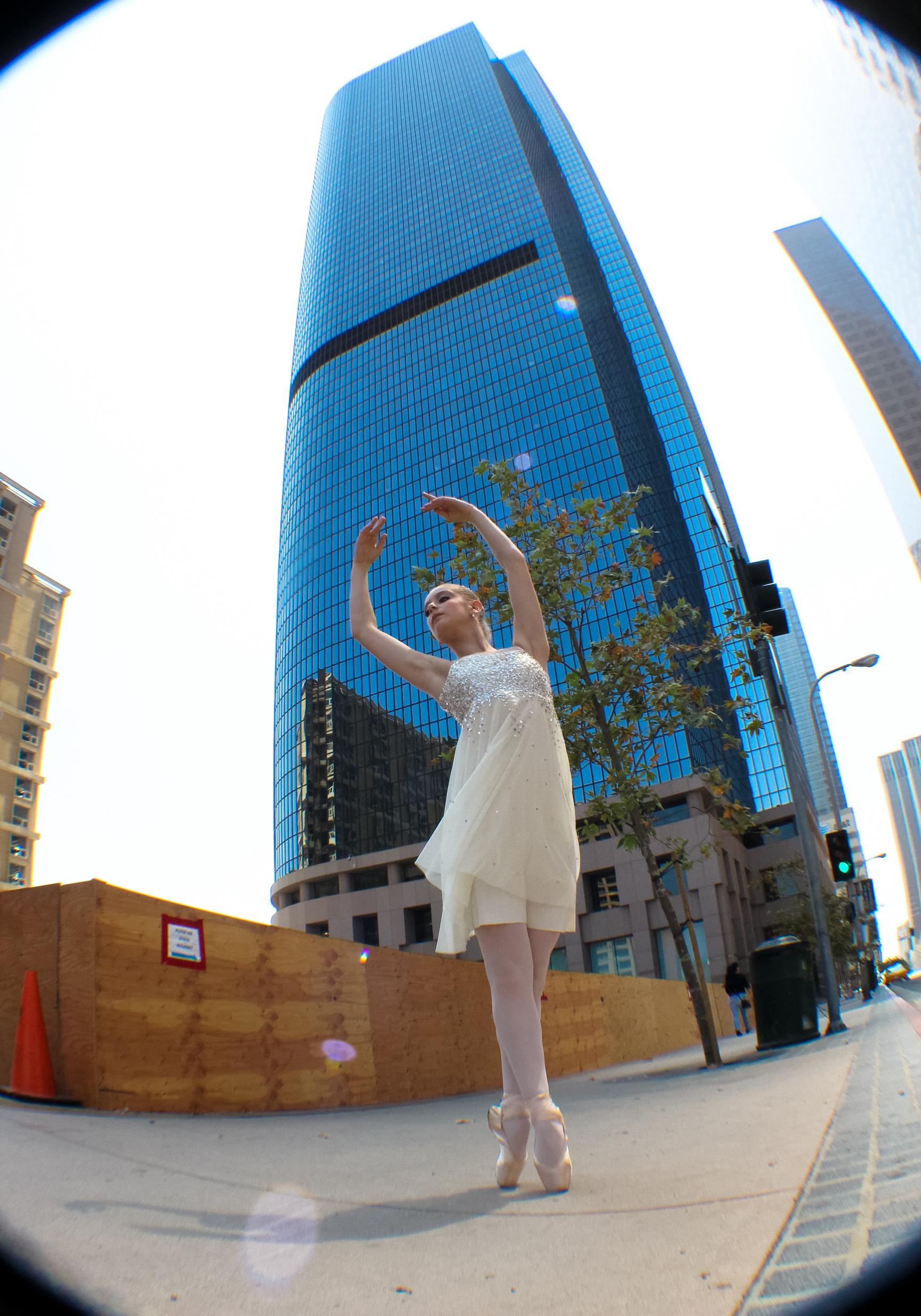 Prix Essence Los Angeles Cinderella Dtla Photo By Heather Toner
